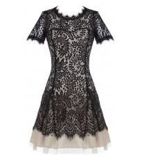 Бежевое кружевное платье RINASCIMENTO 82504