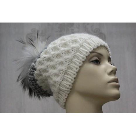 Стильные женские шапки итальянского производителя Rinascimento